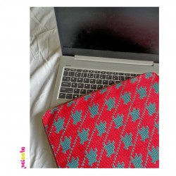 Red Houndstooth Laptop Sleeve